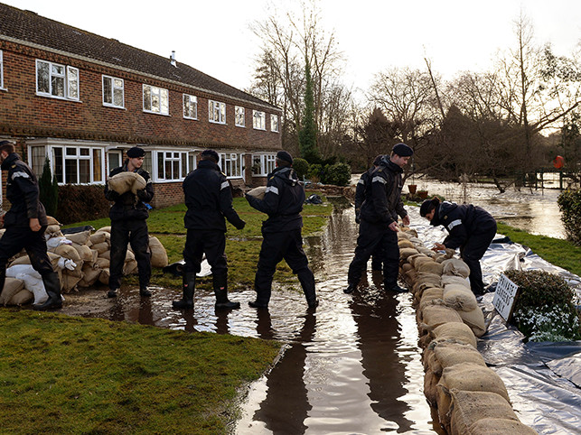Royal Navy personnel providing relief from floods in Hampshire.