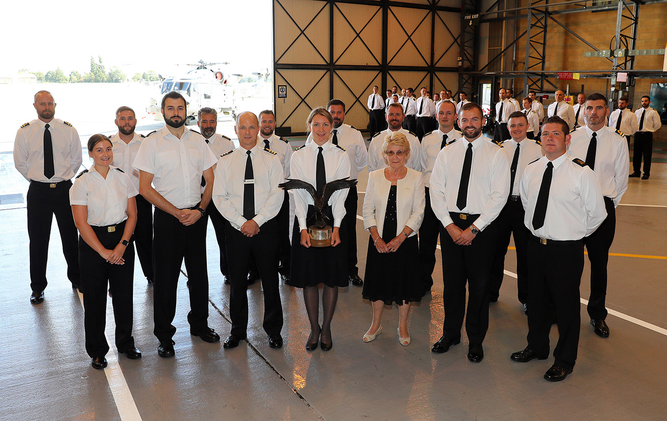 Hurricane helicopter heroes rewarded at 815 Naval Air Squadron