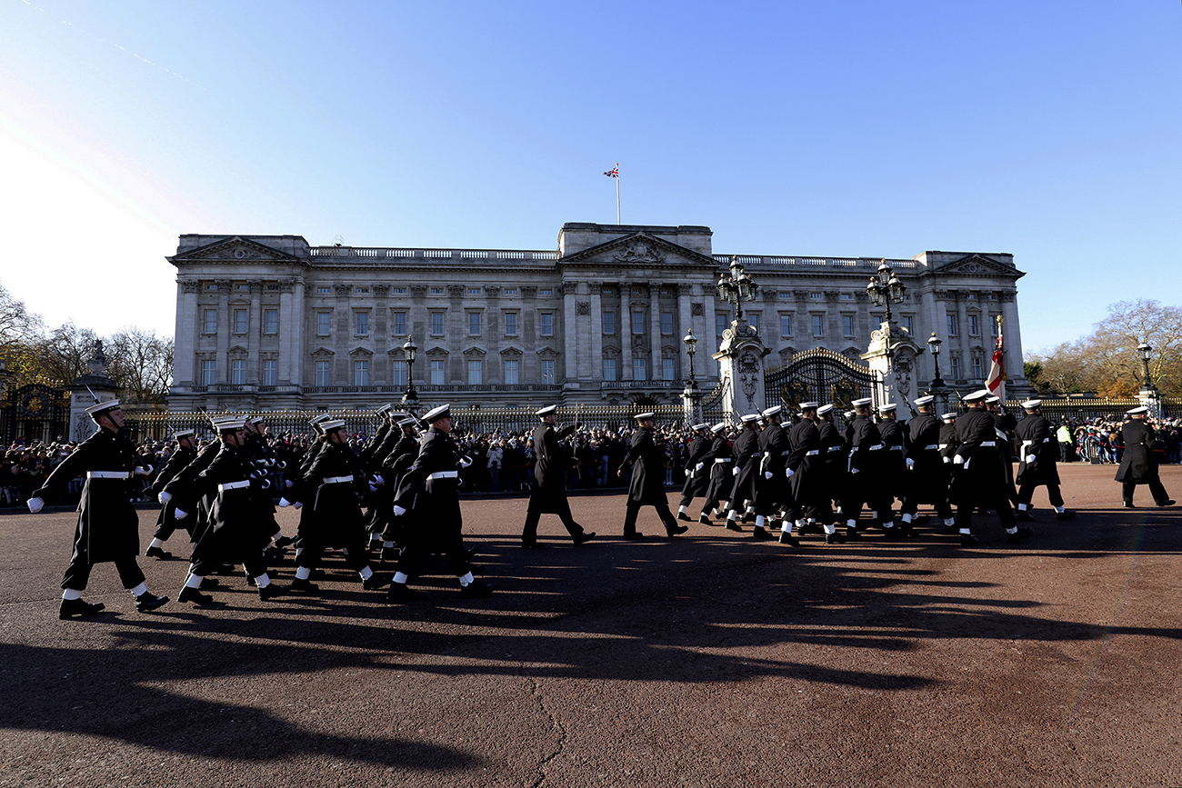 Royal Navy guard Her Majesty The Queen on special day