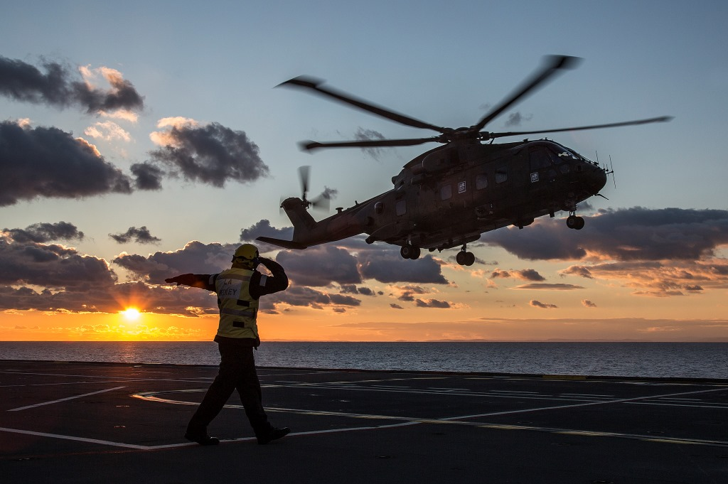 rfa argus resumes her aviation training role