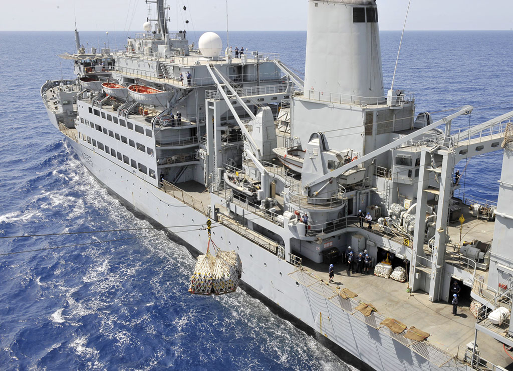 RFA Fort Rosalie Awarded The Centenary Wedgewood Bowl