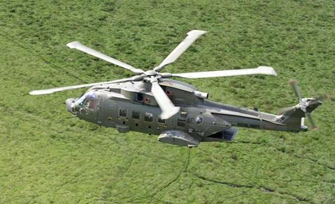 Commandos practise helicopter rescue behind enemy lines