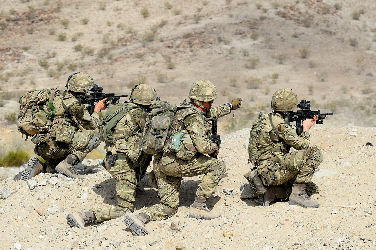 Royal Marines hone desert warfare skills