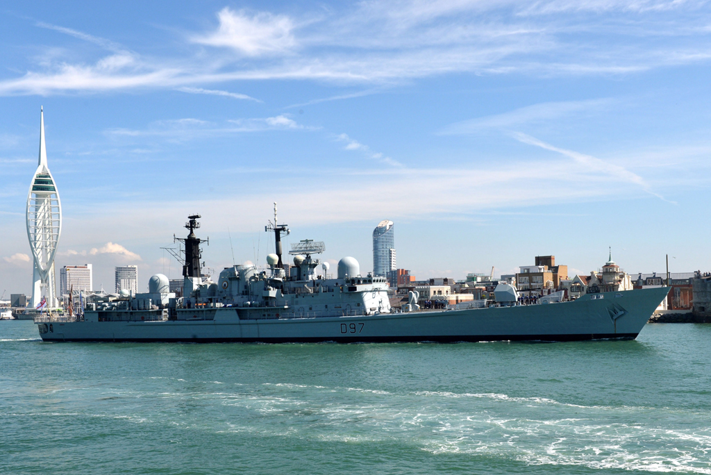 End of an era as HMS Edinburgh returns
