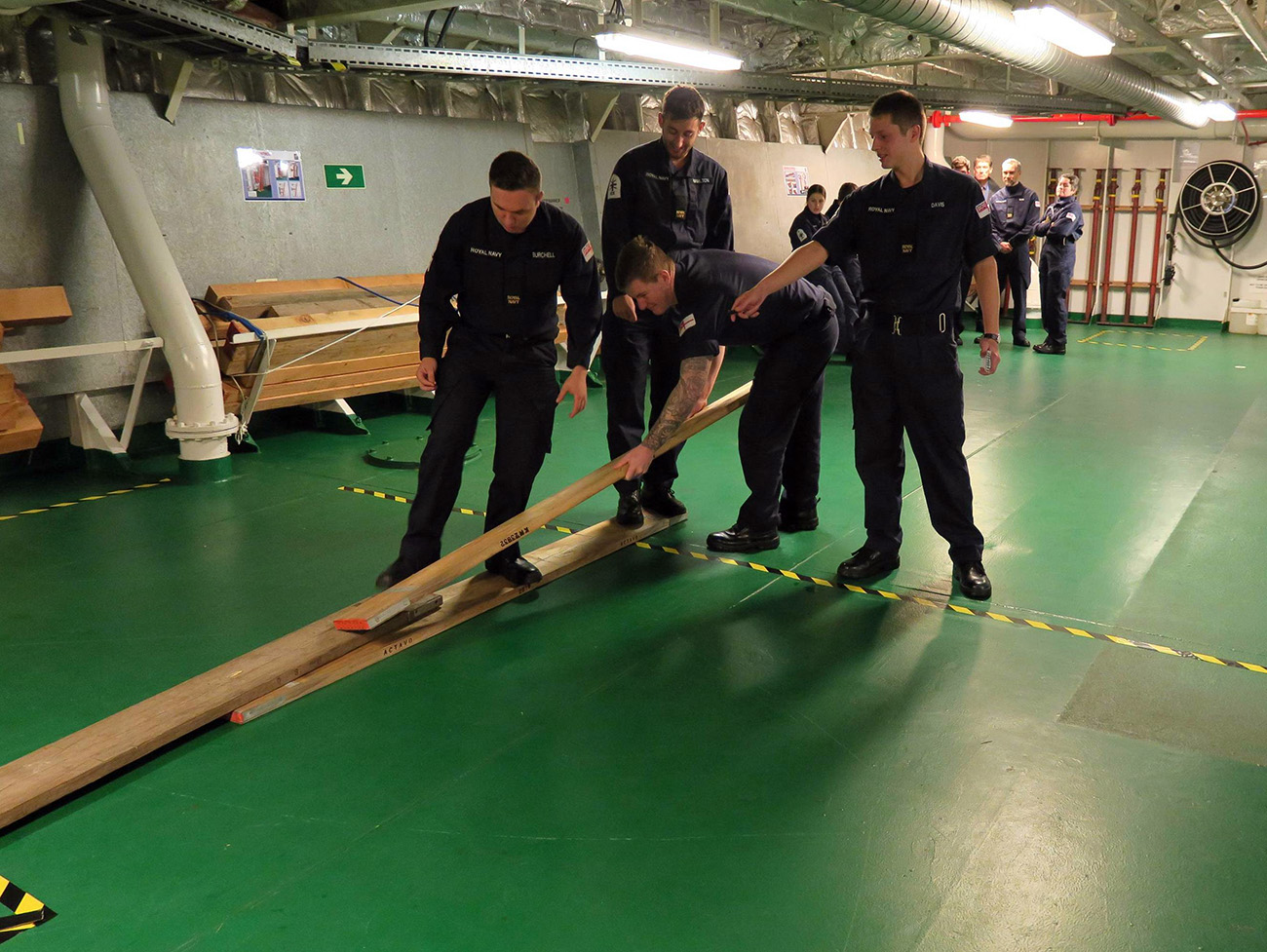 HMS Scott stages leadership tests