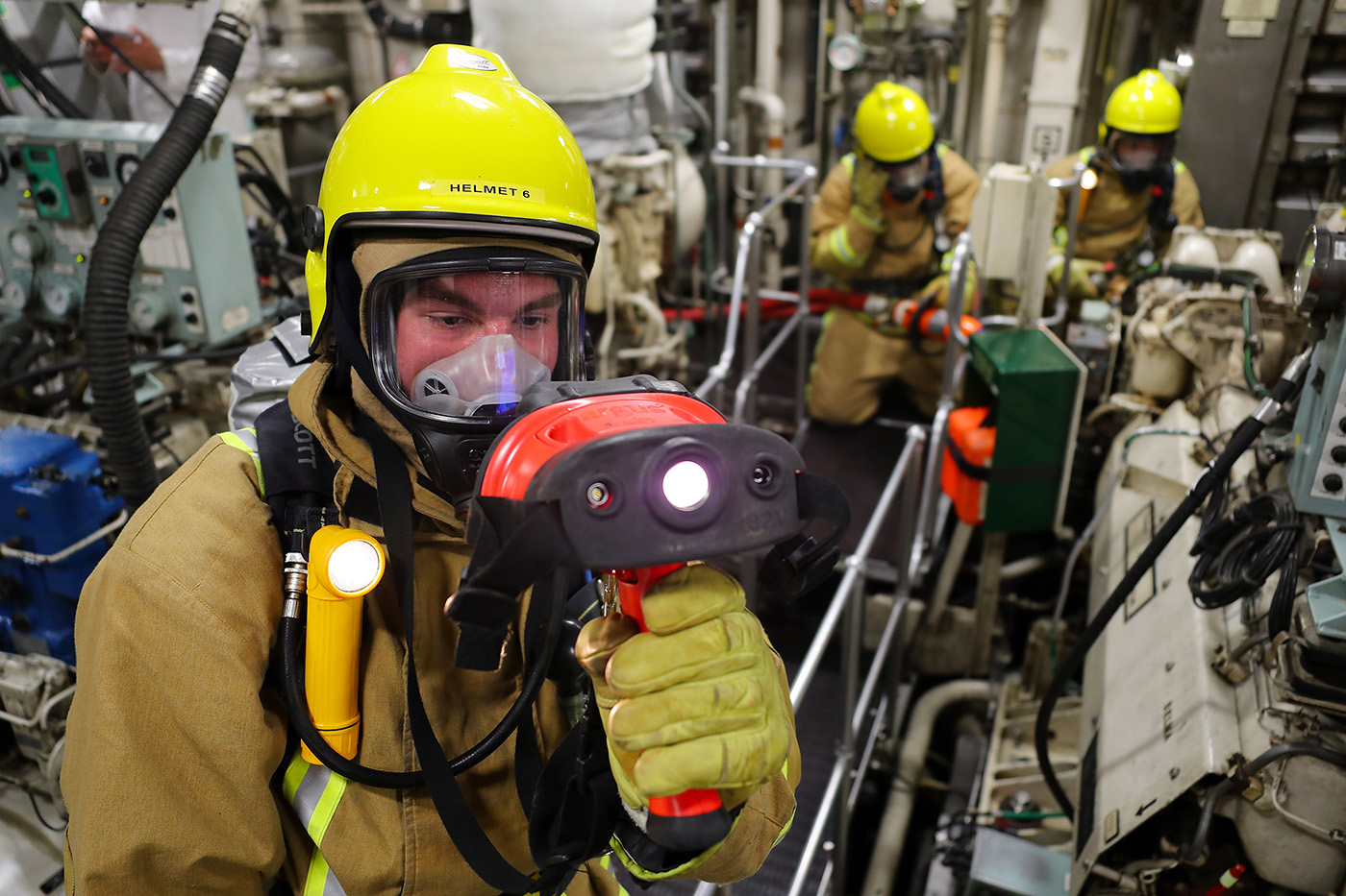 HMS Shoreham completes training for mammoth Gulf mission
