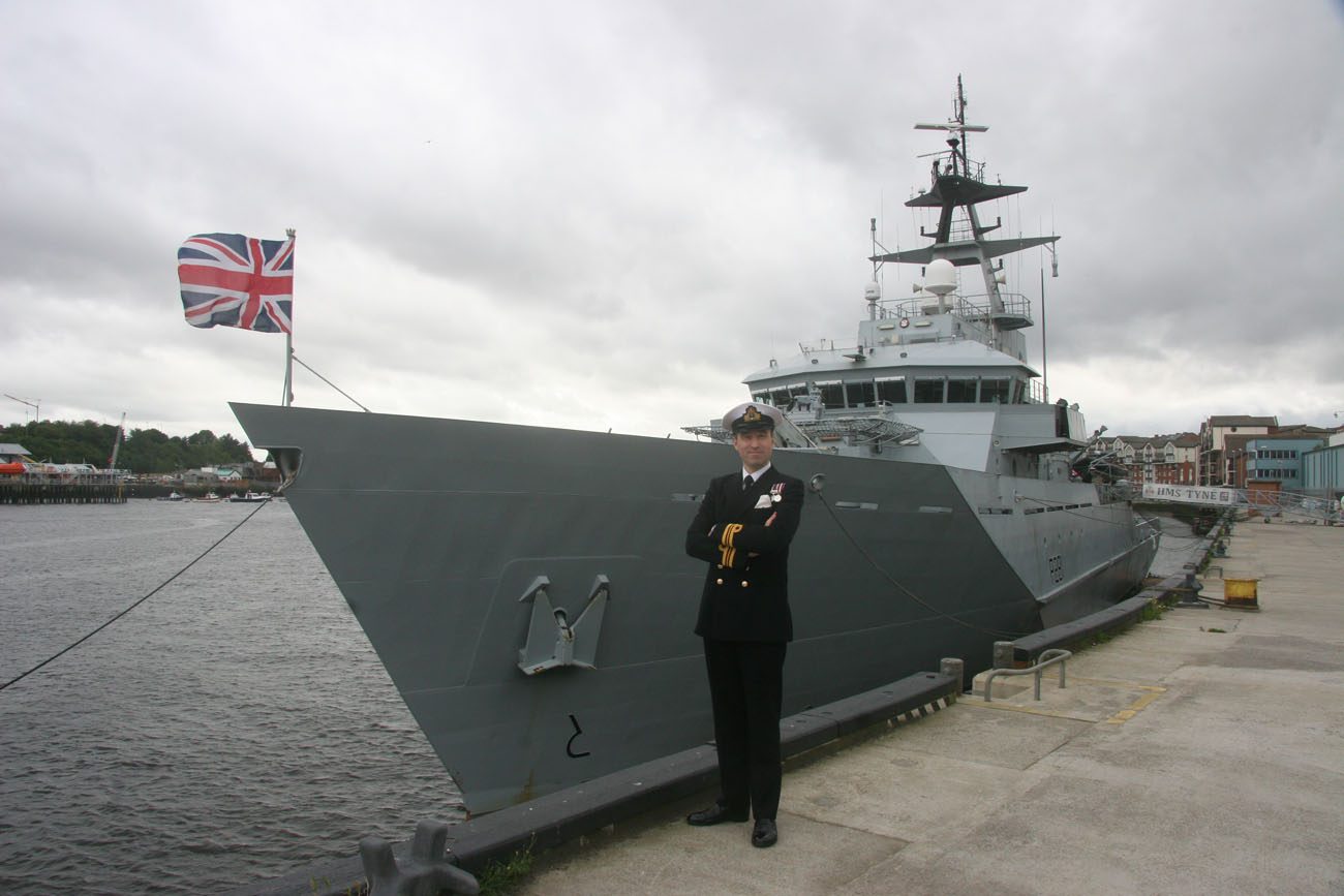 HMS Tyne supports mouth of the Tyne Festival