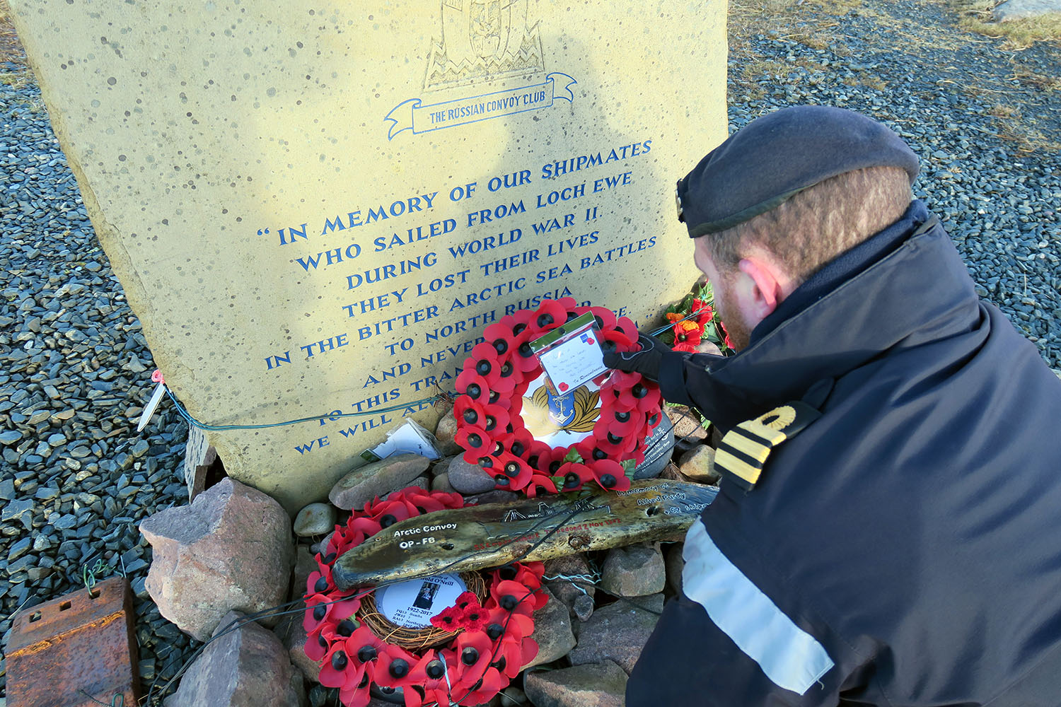 Arctic-bound HMS Westminster remembers WW2 Russian convoy heroes