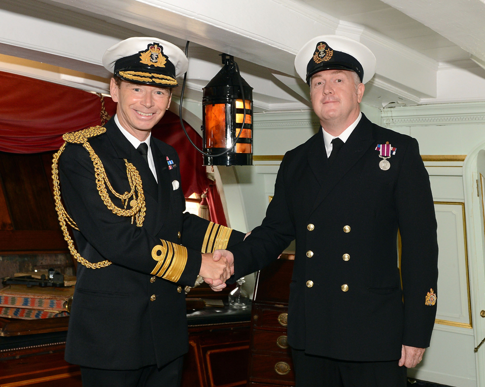 Warrant Officer Steve receives top award for meritorious service