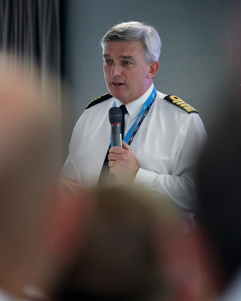 Awards for base personnel as First Sea Lord visits Clyde | Royal Navy