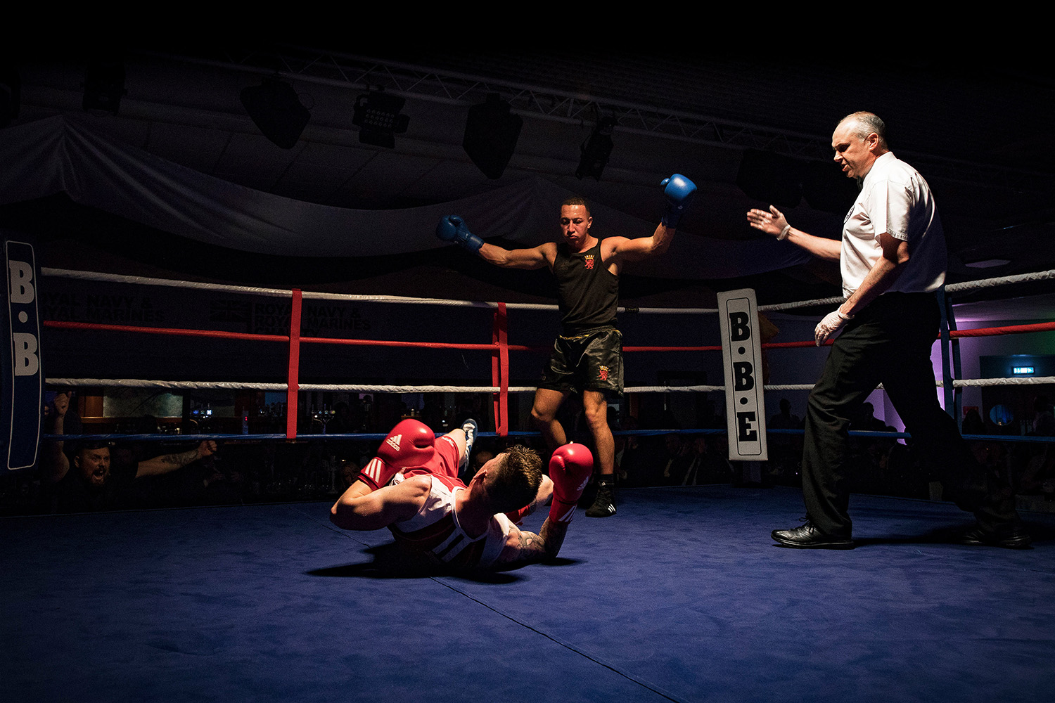 Lords of the Rings as service boxers raise thousands for charity