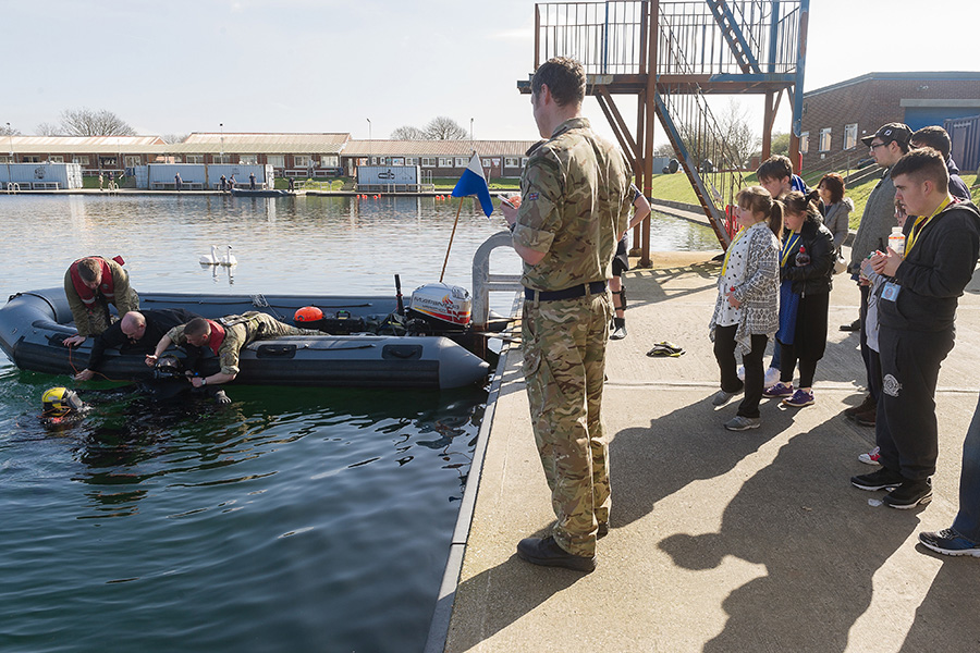 Eastleigh College students witness life as a military diver