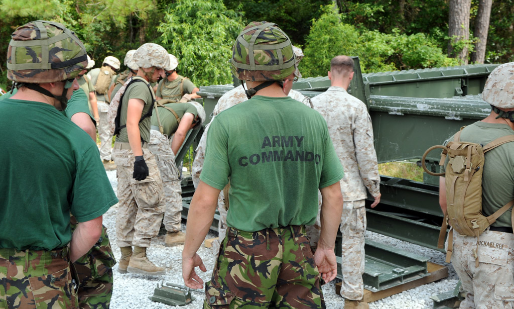 Army engineers from 24 Commando  exercise with their USMC counterparts