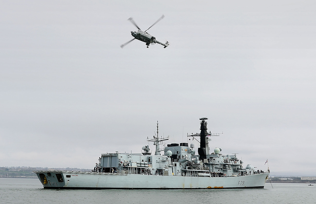 Last deployed Lynx in the Royal Navy flies home!