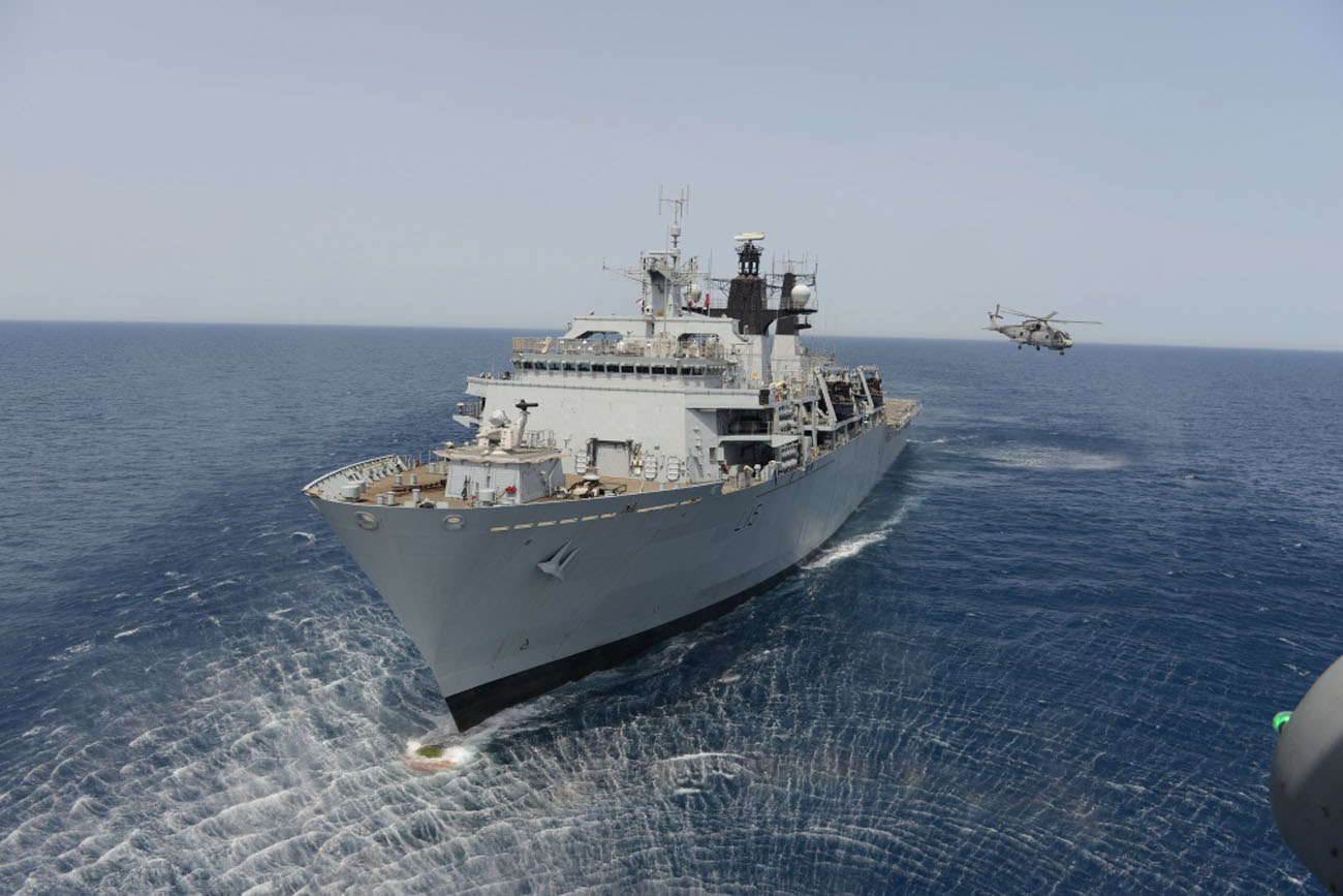 HMS Bulwark rescues over 400 migrants