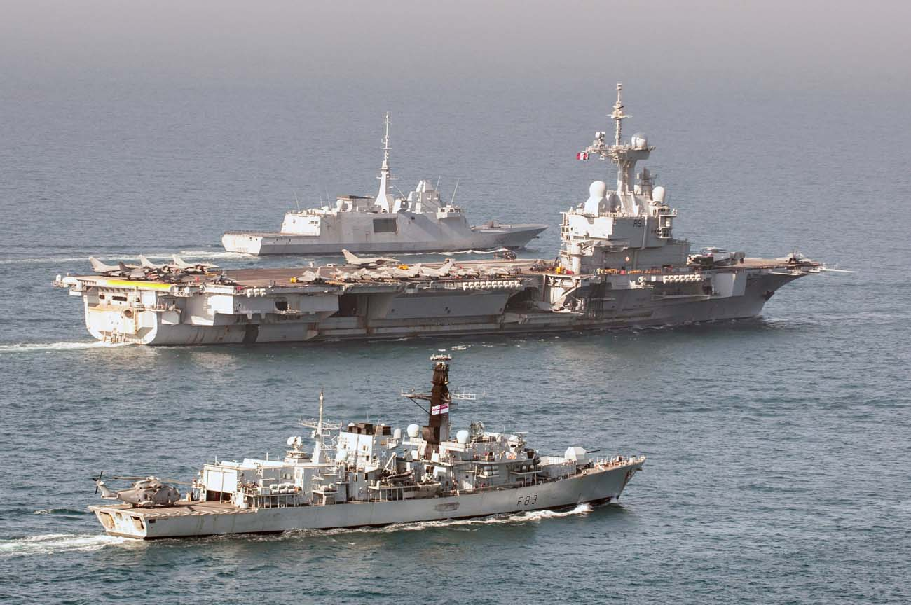 HMS St Albans finds liberté, fraternité, intéroperabilité with French carrier group