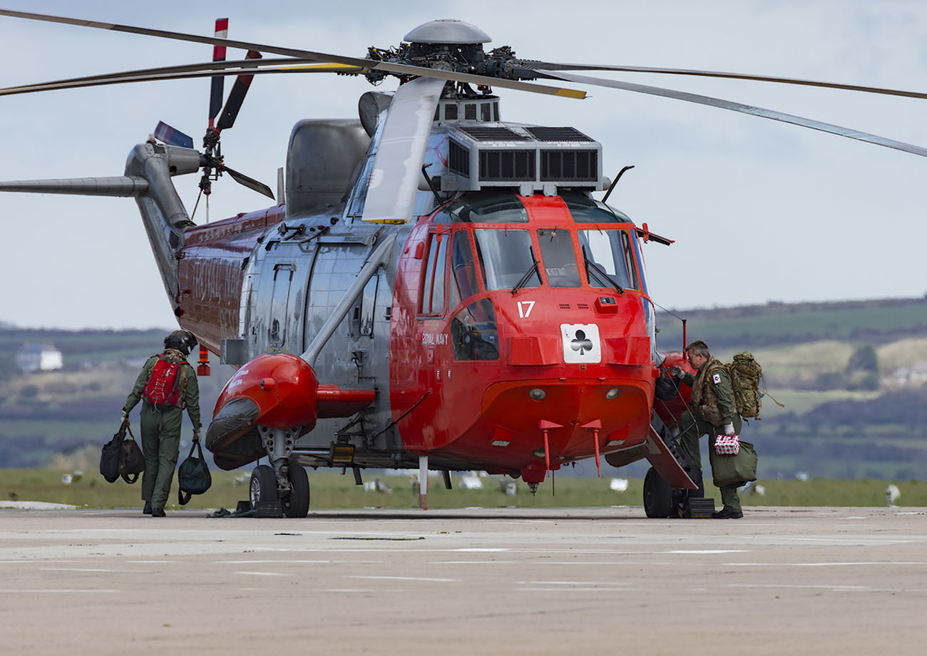SAR Sea Kings fly away for the last time