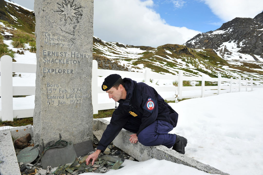 Royal Navy Returns Stone To Shackleton's Grave
