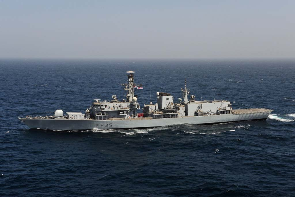 Assistant Chief of Naval Staff (Personnel) and Commodore Devonport Flotilla visit HMS Monmouth in Bahrain