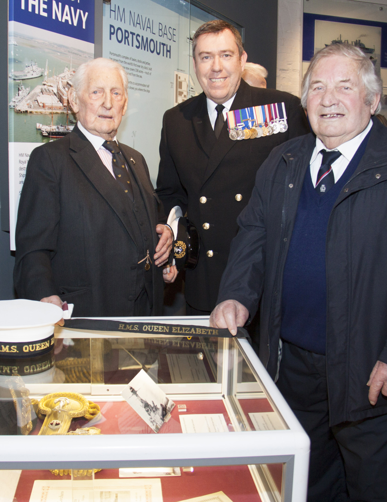 Veterans from the previous HMS Queen Elizabeth visit Portsmouth