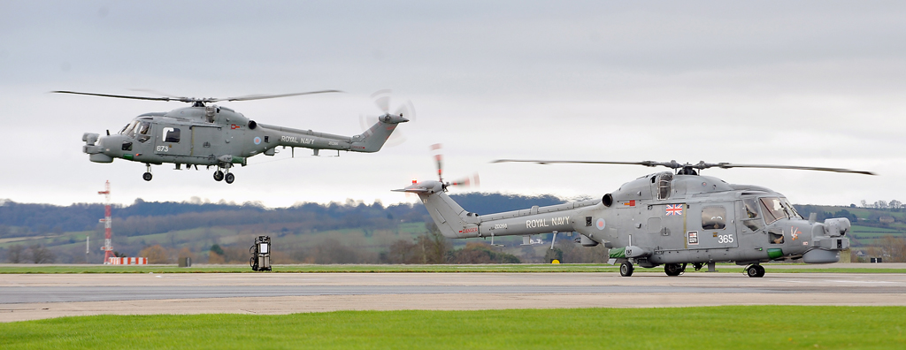 Lynx flights arrive home to RNAS Yeovilton